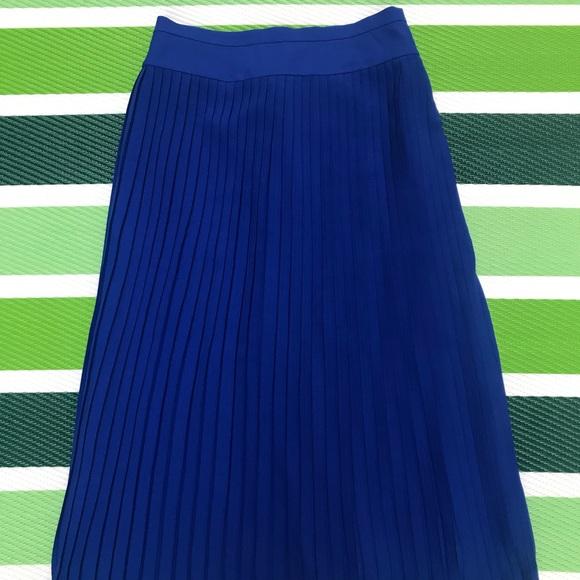 8c86f89f97 J. Crew Dresses & Skirts - J. Crew Royal blue pleated skirt
